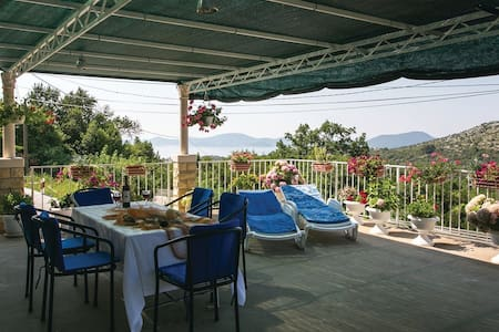 2 Bedrooms Home in Doli - Doli - Σπίτι