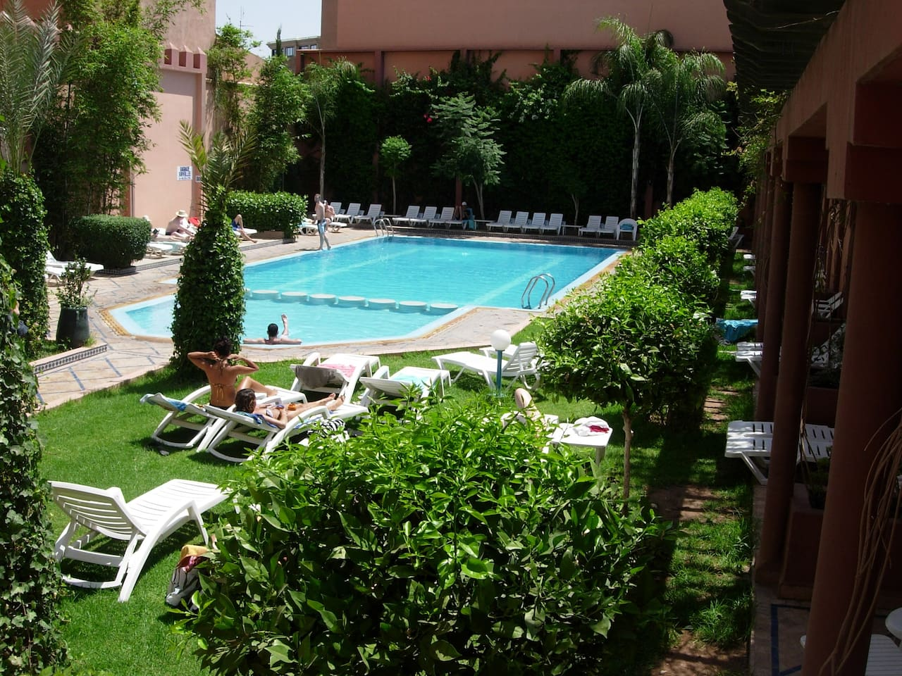 swimming pool at walking distance (entrance to pay)