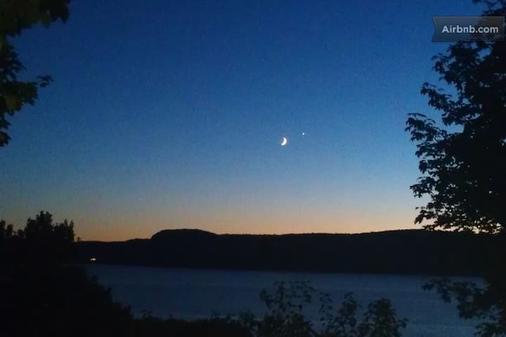 …and moonsets!