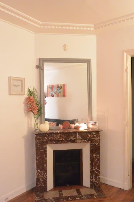 Salon confortable et spacieux