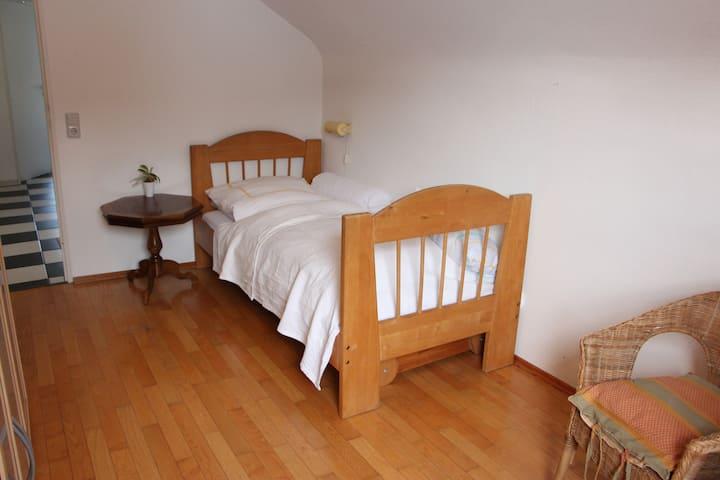 Zimmer direkt an Kurpark und Kerckhoff-Klinik