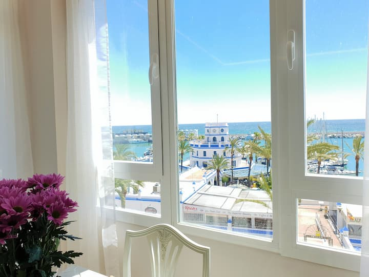 FANTASTIC APARTMENT B IN FRONT OF THE SEA & MARINA