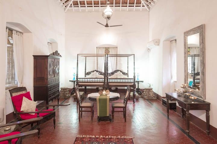 Wow - Romantic Villa, Near Panjim on Divar Island.