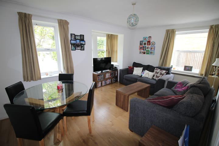 Serviced-Apartments@Wallis Square by Zebra