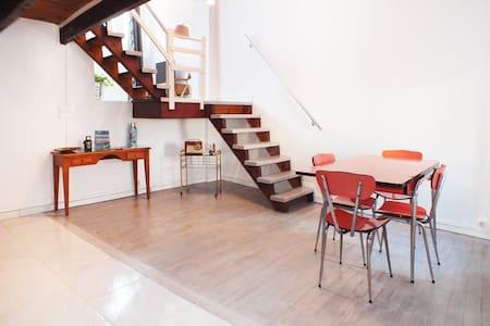 """☼ Quiet Loft """"Le Panier"""" Vieux Port - Marseille - Appartement"""