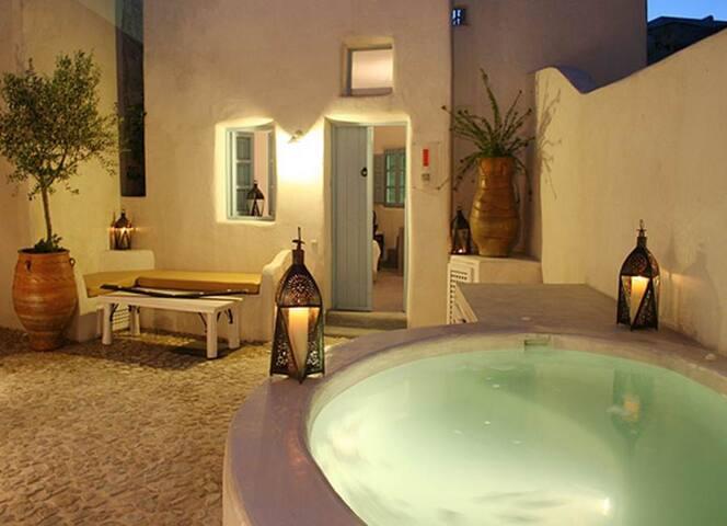 Romantic & luxurious Villa Ivi - Megalochori - Talo