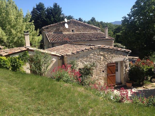 Corps de ferme renové en campagne - Vaunaveys-la-Rochette - Talo