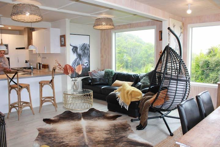 Aurora Lodge - 180 views & Concierge Service