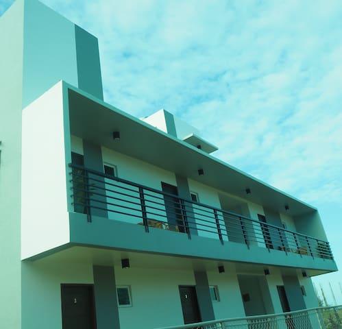Ocean Breeze Resort - STANDARD SUITE #2