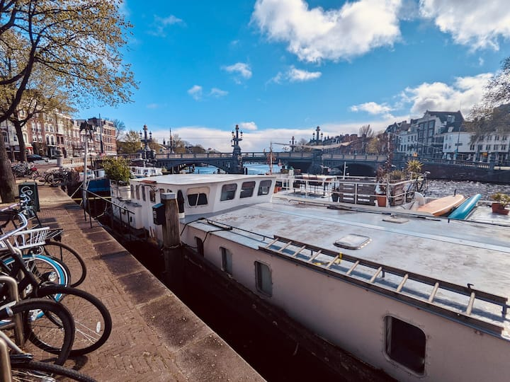 Waterloo - Luxury houseboat in the Amstel