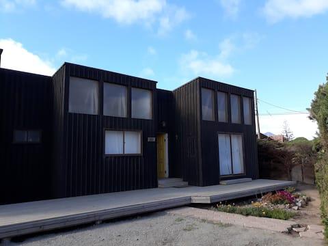 Casa aconchegante em Pichidangui (negrito)