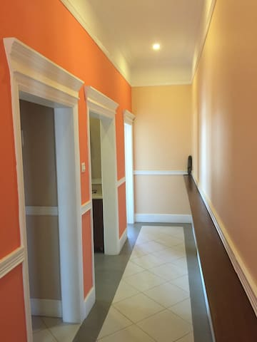 Osu Beautiful Colonial Restoration - Accra - Apartment