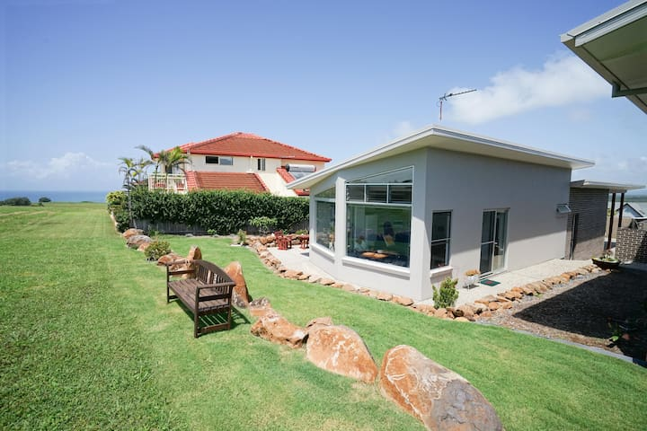 Greenhills  - Private coastal reserve frontage