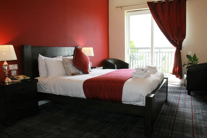 Deluxe Double Room with Loch View and Balcony