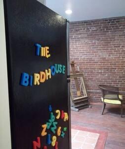 THE BIRDHOUSE~Winter 2020/2021, Sleeps 6+(Koo Koo)