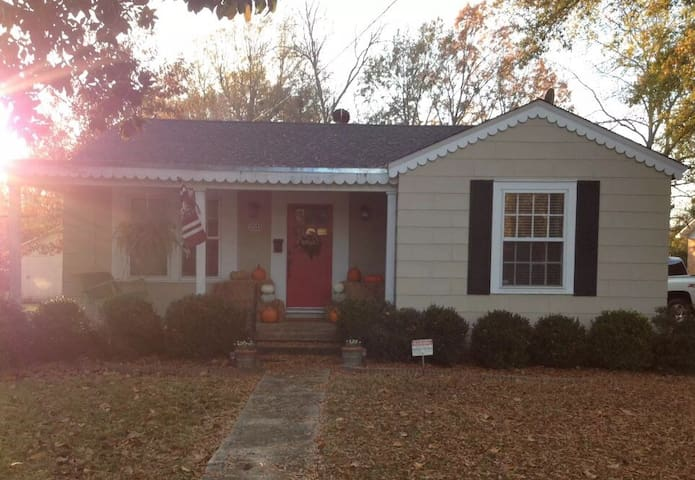 3BR House in heart of downtown Starkville/MSU