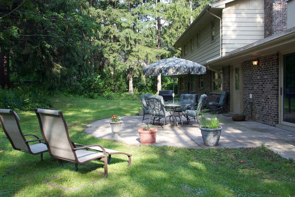Beautiful and Private backyard