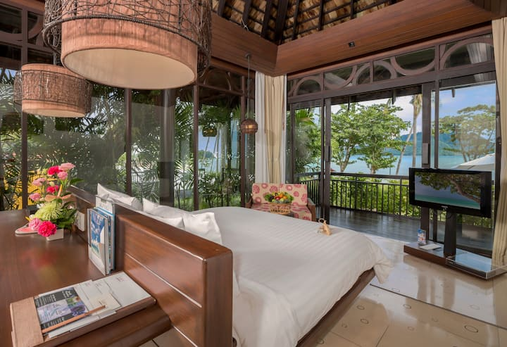 Luxurious Seafront Thai Style Villa
