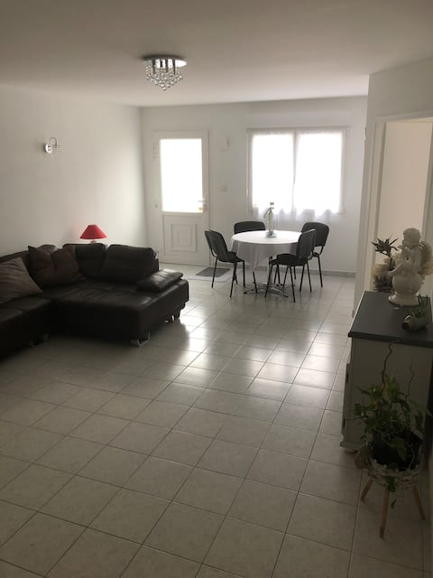 Appartement de plain-pied terrasse 55 m²