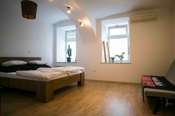 *Stylish apartment in Maribor + free parking