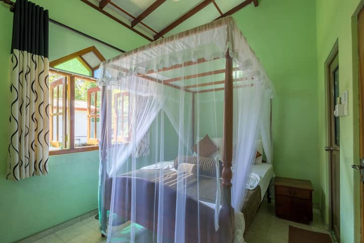 Green Villa Unawatuna - Standard Double Room