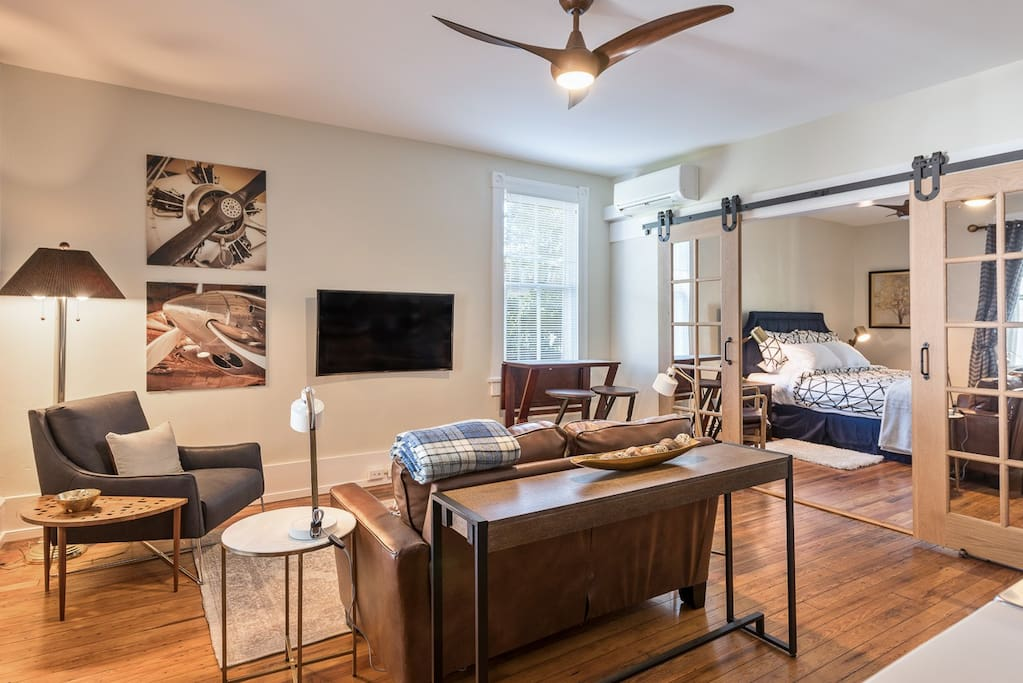 Southern luxury in belmont apartments for rent in for One bedroom apartments in charlottesville va