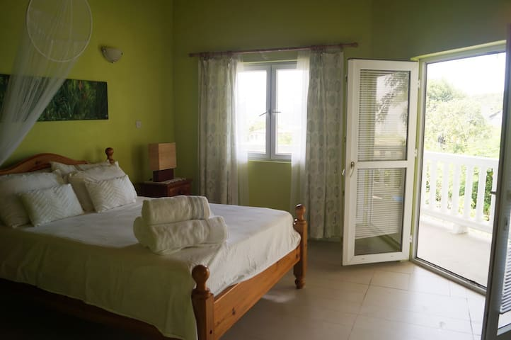 Spacious Room with a View near Hewanorra Airport