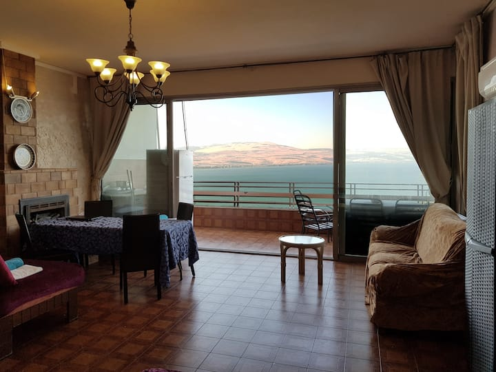 Unique apartment with good View to Sea of Galilee