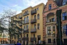 Altbau-Perle mit Balkon in Bestlage