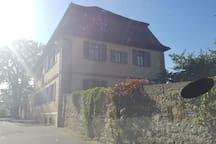 Gästezimmer in charmantem fränkischem Pfarrhaus