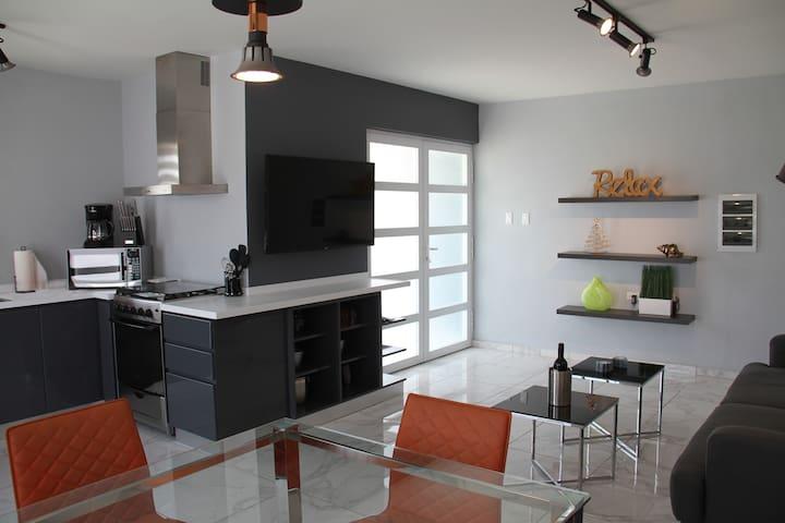 Xevize Apartment 4