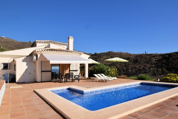 Peaceful situated spacious villa with private swimming pool