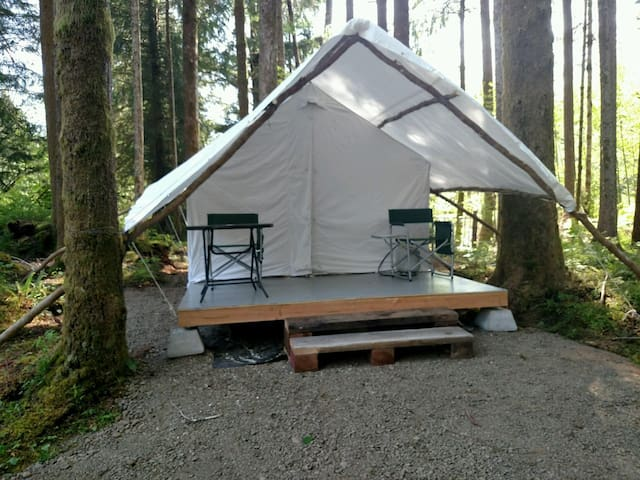 Falcon Tent - Forks