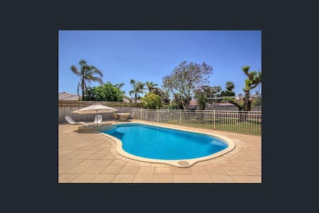 Beachside Location Palm Beach - Rockingham