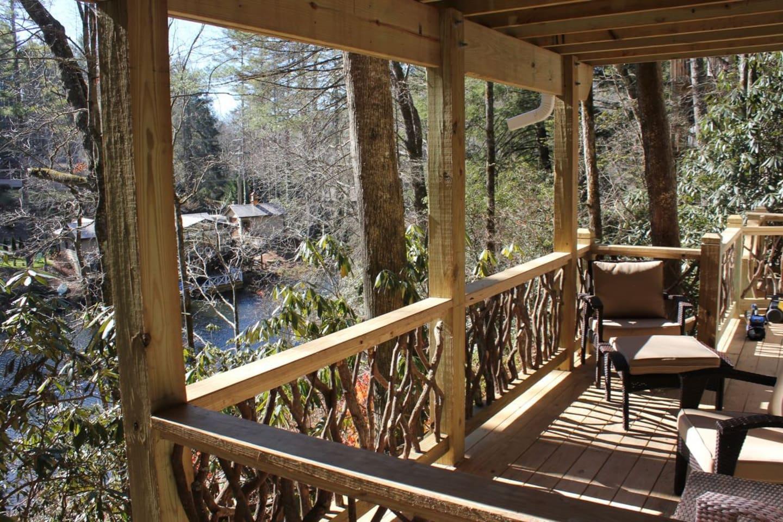 Deck Overlooking Mirror Lake