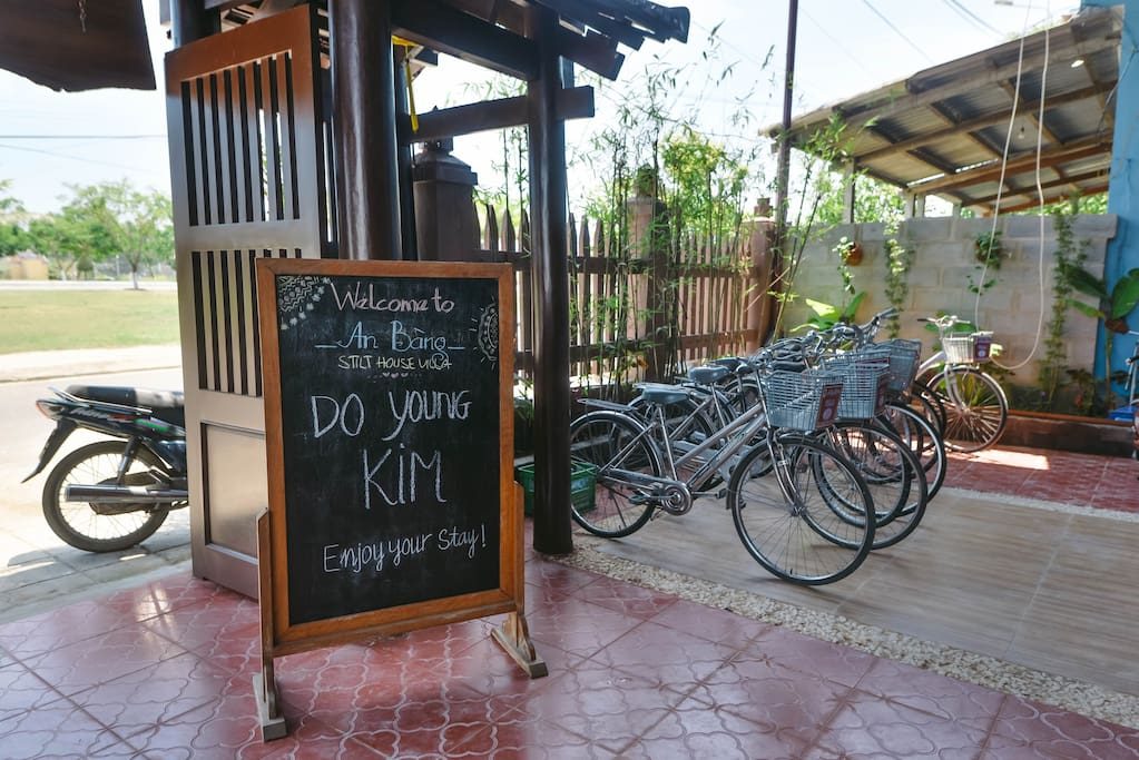 Welcoming board and bicycle for free