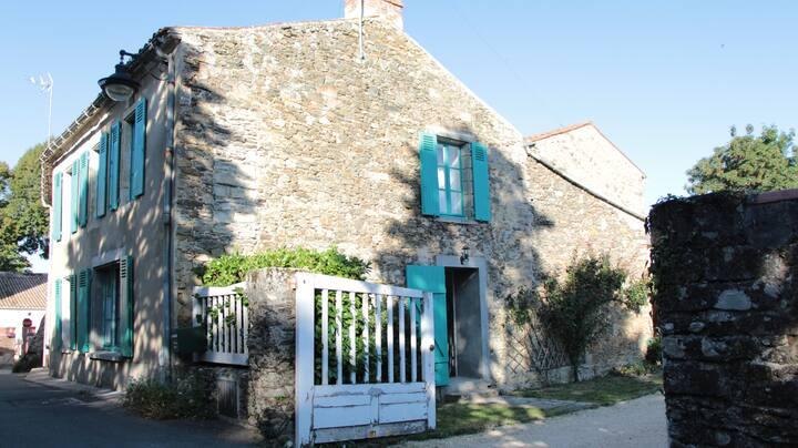 Maison de charme à Vouvant - 45 mn Puy du Fou