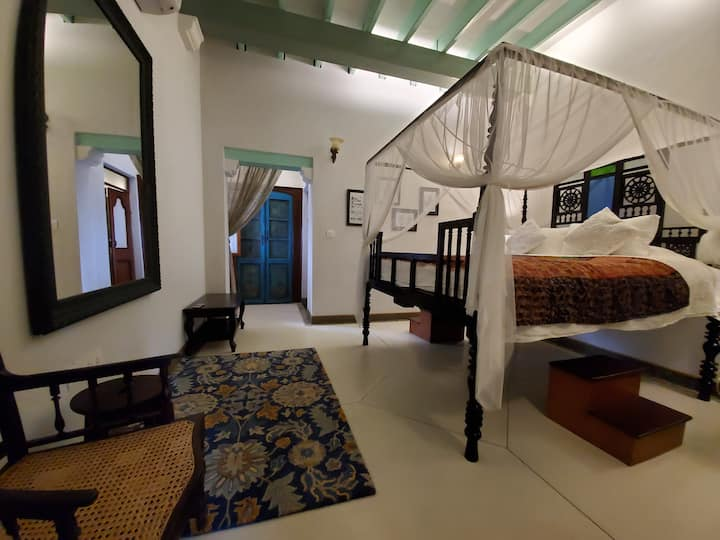 Luxury Homestay at Kariappa House-Private Room D