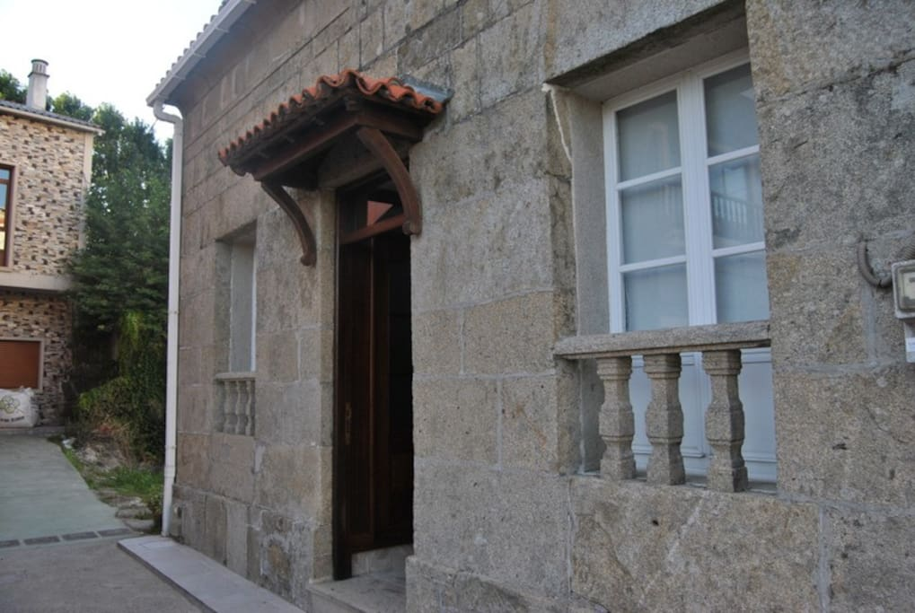 Preciosa casa de piedra chalets for rent in pontecesures - Casas de piedra galicia ...