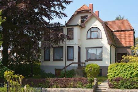 Gründerzeitpension in ruhiger, strandnaher Lage - Scharbeutz - Haus