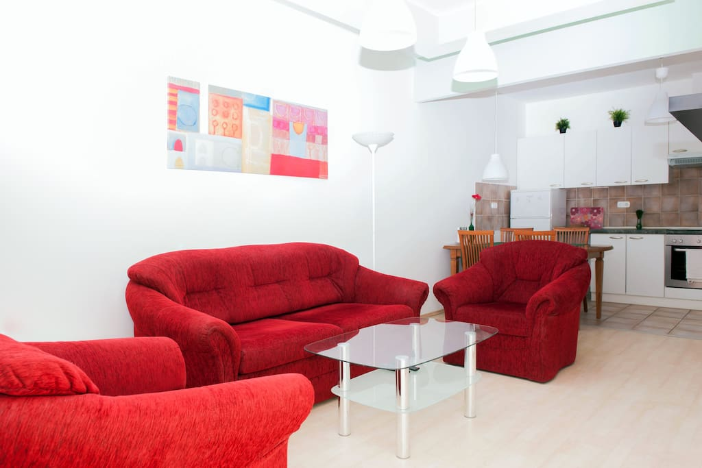 Livingroom, the sofa is expandable for bed