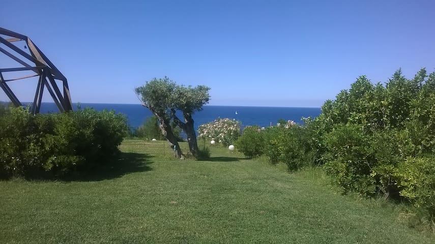 sud-reale miniappartamento tra verde e mare - Crotone - Huis