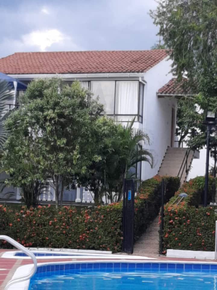 """Hermoso apartamento Hacienda la Estancia, Melgar"""