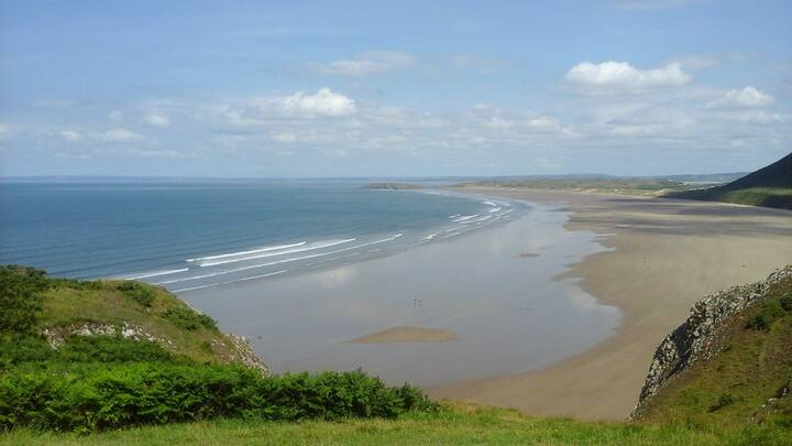 Tent near to Beautiful Gower and Brecon Beacons