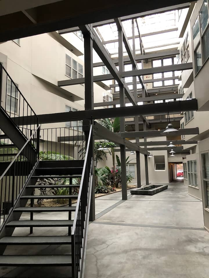 Warehouse District / Convention Center 1 Bedroom