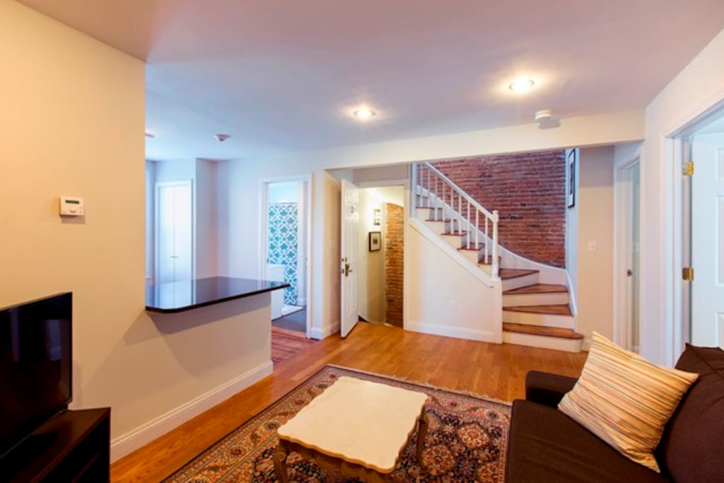 Remodeled unit open plan south end 3br 2ba 3 apartments for 3br 2ba house plans