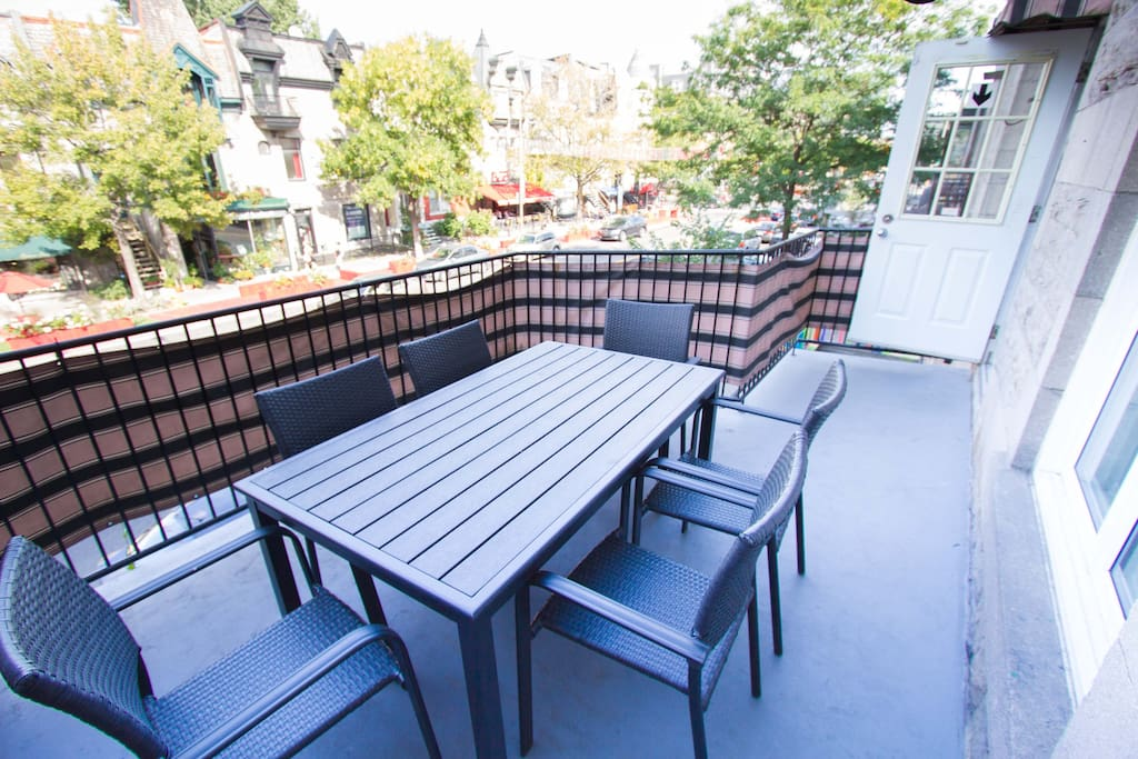 Your own sunny terrace, with BBQ!