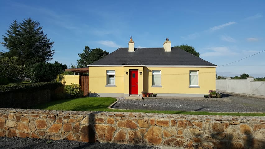Cootehall Cottage 2 Bedroom Self-Catering - Cootehall