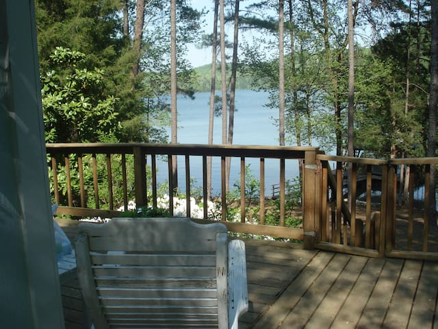 Peaceful cabin  on Lake Hartwell - Martin - Cottage