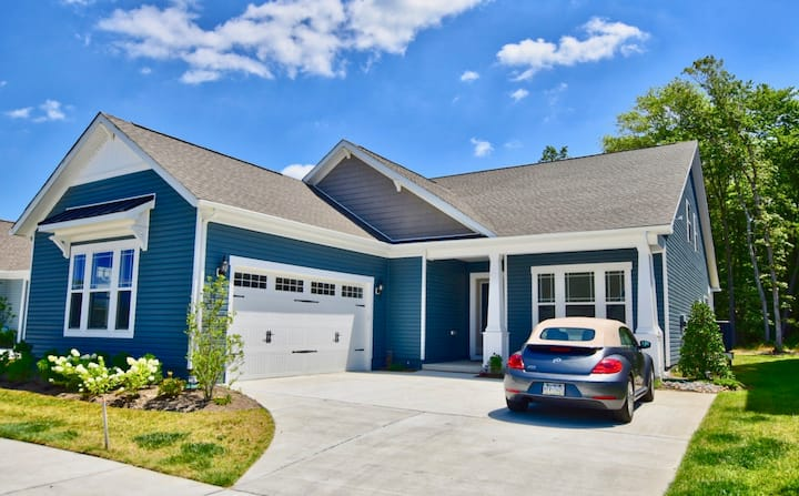 Bethany Beach Home Rental at Ocean View Beach Club * 4BR Luxury Single Family House! * Beach Resort House - 1+ Mile to Bethany Beach!